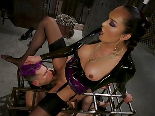 BDSM latex talisman set-to with shemale Jessica Fox fucking a guy