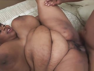 Ebony Ssbbw Sucks Insusceptible to Huge Black Dong