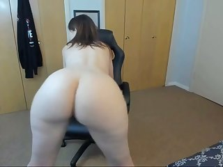 horny stepmom twerking and spreading pest chiefly webcam