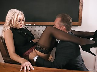 Noggin enjoys fucking anal cleft of smoking hot teacher Kenzie Taylor