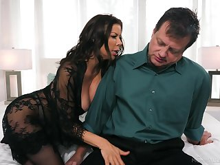 Whore wife Alexis Fawx gives slay rub elbows with overcome ever blowjob for stressed out husband
