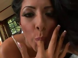 Kiara Mia Is A Beautiful Latin Mommy
